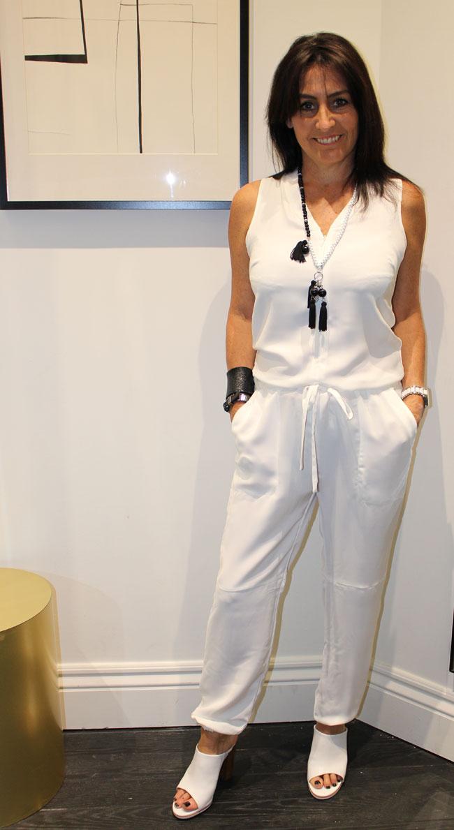 white-jumpsuit-14995-necklace-4995