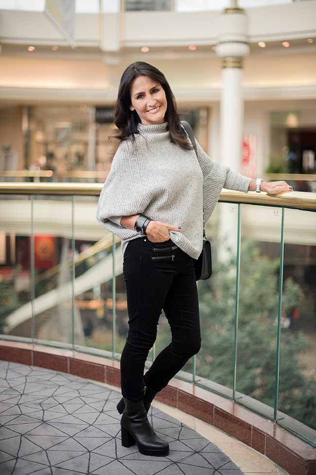 Cindy wearing Witchery Nep Batwing Knit and Skinny Black Jeans