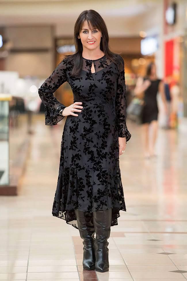 Cindy in Witchery Dress